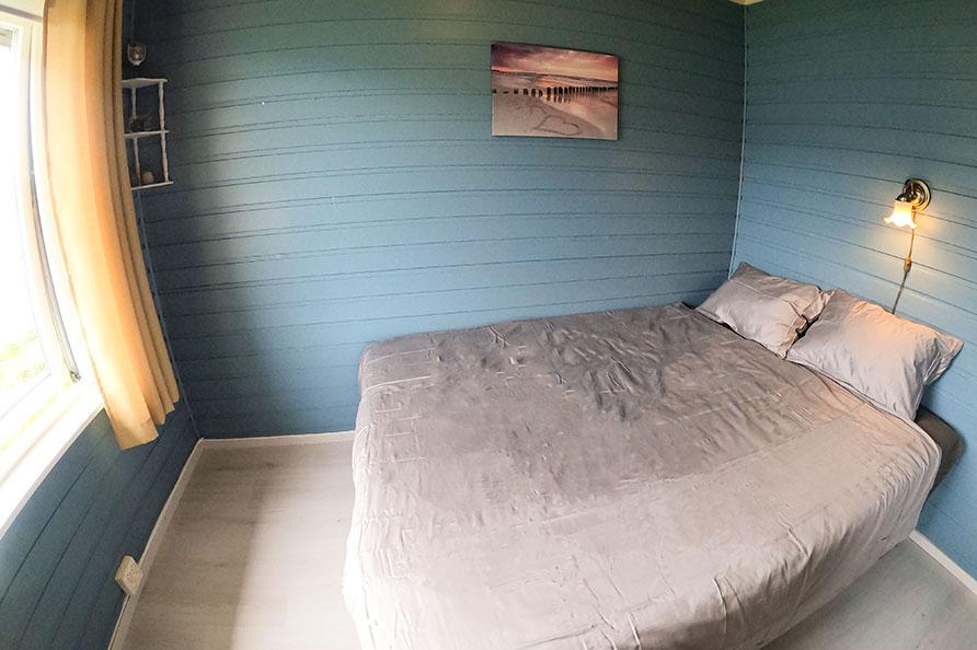 Schlafzimmer 1 Doppelbett 140cm